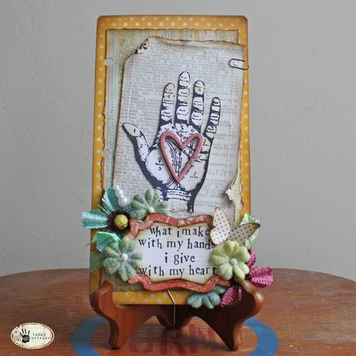 Hearthand1